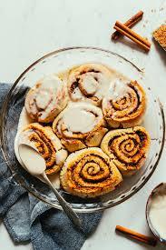 gluten free cinnamon rolls vegan