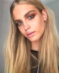 smokey eye makeup blue eyes blonde hair