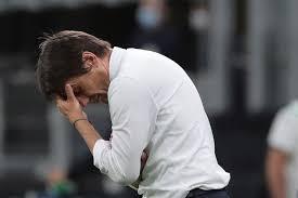 Conte è una furia in Europa League: Banega lo prende in giro per ...