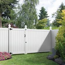 6 Ft H X 8 Ft W Wakefield Panel In 2020 Vinyl Privacy Fence Backyard Backyard Fences