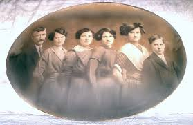 ANCESTRY OF THE BERKEY, BECKLEY, WRIGHT, MERICLE & HOYT FAMILIES