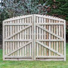 Arch Top Wooden Palisade Driveway Gates Order Online Uk Delivery