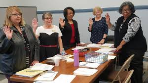 Pasquotank elections board sworn in, begins election planning | Local News  | dailyadvance.com