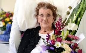 Well-wishers surround Myrtle on 100th birthday   Chronicle