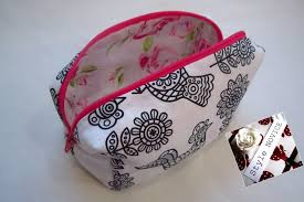step by step sewing diy make up bag