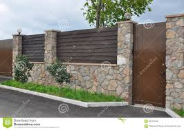 1 622 Modern Metal Fence Garden Photos Free Royalty Free Stock Photos From Dreamstime
