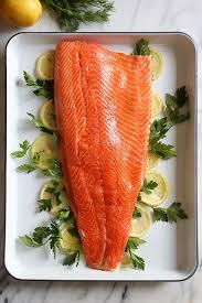 baked salmon with fresh herbs skinnytaste