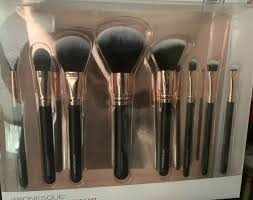 25 onesque pro essential brush set