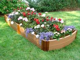 how to decorate a flower garden