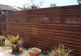 Inexpensive Horizontal Wood Fence Best Horizontal Wood Fence Modern Fence Ideas Modern Fence Design Wood Fence Design Modern Wood Fence