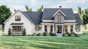 the best farmhouse floor plans