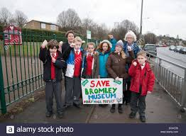 Perry Hall Primary school children sign a petition against the ...