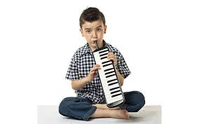 schoenhut 37 key melodica keyboard toy