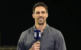 Mitchell Johnson lashes out at the fans who booed Steve Smith when he  returned to bat after being struck by Archer bouncer