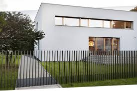 Retractable Fence Disappears Into The Ground In Just Five Seconds Stuff Co Nz
