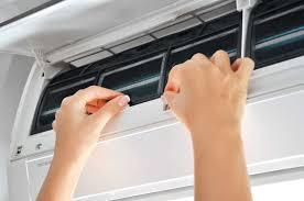 Cục nóng máy lạnh bị chảy nước và cách khắc phục | by TopOnSeek | Search  Agency | Cleanipedia | Oct, 2020