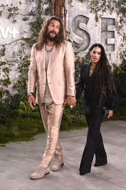 jason momoa lisa bonet at apple tv see premiere photos | Jason Momoa and  Lisa Bonet's Love Is a Sight to Behold at Apple TV's See Premiere |  POPSUGAR Middle East Celebrity