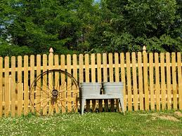 Got An Antique Wagon Wheel And Wash Tubs To Put Along Our Fence I Plan To Fill With Beautiful Flowers Homedecorating