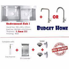 el kitchen sink with kitchen tap