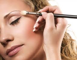 makeup application university