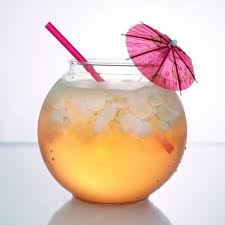 cocktail fishbowl to serve mixed drinks