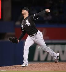 Aaron Bummer of the Chicago White Sox delivers a pitch in the eighth...  News Photo - Getty Images