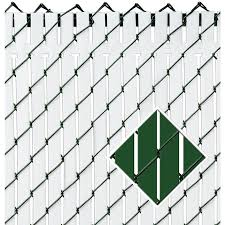 Pexco 5 Ft H X 58 In L 82 Pack Green Chain Link Fence Privacy Slat In The Chain Link Fence Slats Department At Lowes Com