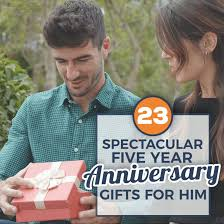 15 spectacular 5 year anniversary gifts