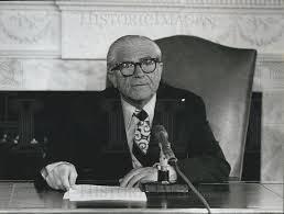 1975 Press Photo Mayor Abraham Beame, New York | Historic Images