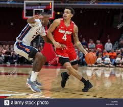 Chicago, Illinois, USA. 5 déc 2018. Ohio State Buckeyes guard Duane  Washington Jr. (4) s'occupe
