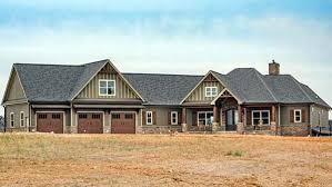 traditional style house plan 60028 with