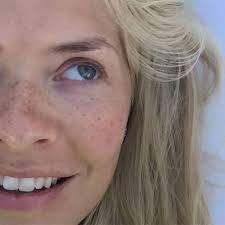 celebs no makeup selfie for cancer