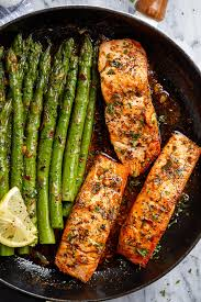 Garlic Butter Salmon Recipe with Lemon ...