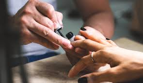 we feature the best acrylic nails near me