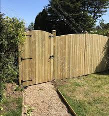 Davies Timber Wales On Twitter Round Top Gate And Round Top Heavy Duty Feather Edge Board Fence Panels By Daviestimber89 Davies Timber Wales Ltd Cwmbran Sheds Fencing Decking Made To Order In