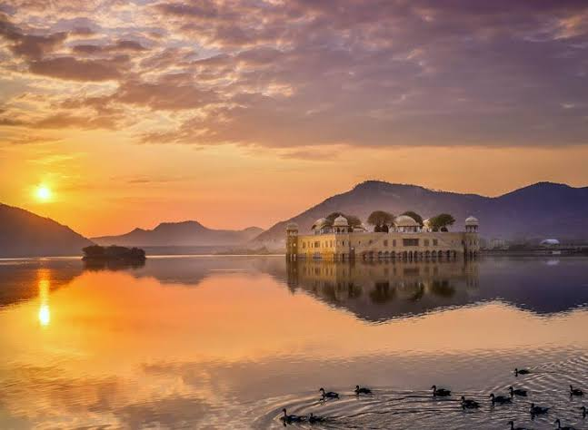 Sunset at jal mahal jaipur