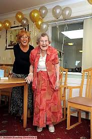 Oldham News | News Headlines | Hilda's young at heart — at 103 ...