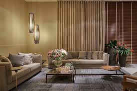colours that go with beige walls