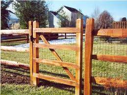 How To Repair How To Build A Split Rail Fence Gate Split Rail Fence Denver Tools How To Build A Split R Wire And Wood Fence Fence Design Building