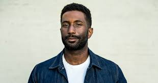 Wesley Morris '97 | Office of Public Affairs & Communications
