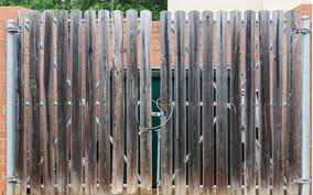 Business Fence Dumpster Enclosure Carnahan White