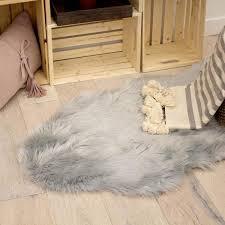 jean pierre faux fur light grey 5 ft x