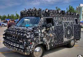 شاهد بالصور أشكال غريبة لسيارات لا تخطر على بالك