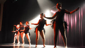 Forster Dance Academy farewells Cody Clayton, Keely Robinson at ...