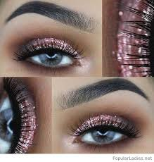 pink eye makeup for blue eyes with glitter