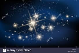Las estrellas brillando y galaxy ilustración. Constellation contra la  nebulosa Imagen Vector de stock - Alamy
