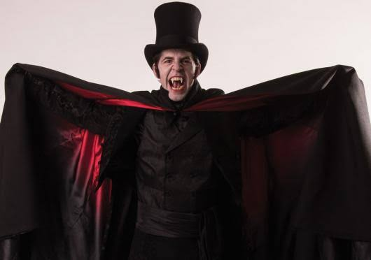 Resultado de imagem para vampiros homem
