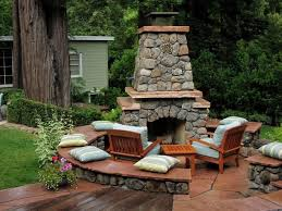 backyard lanscaping ideas fireplaces
