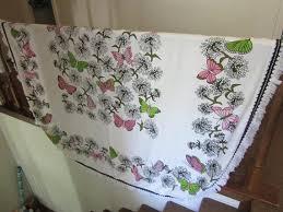 twin fl bedspread white pink green