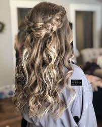 "Hair by Addie Newman on Instagram: ""Wedding hair has to be one of my  favorite things... 😍🤗 Love this bridesma… 